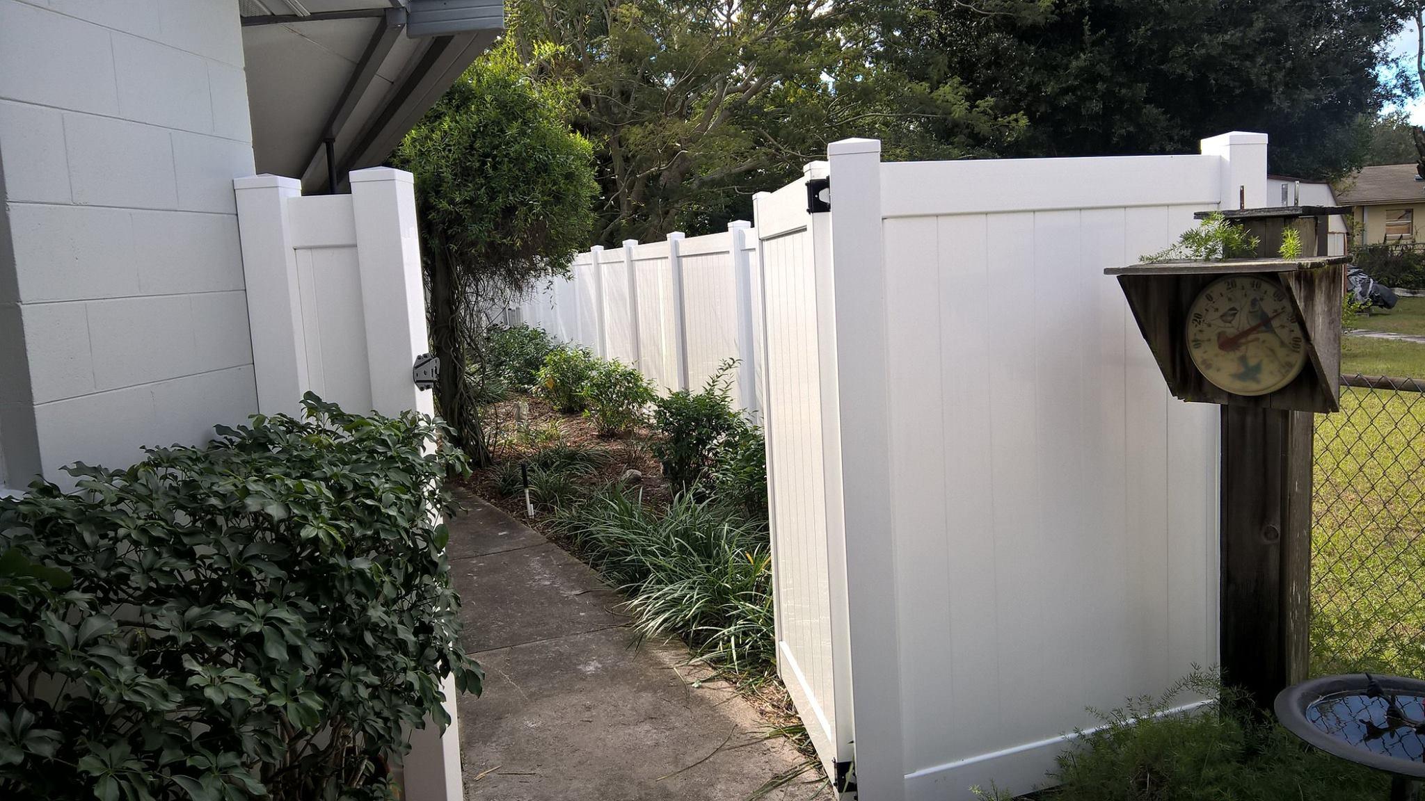 Vinyl Fence Installation Winter Park
