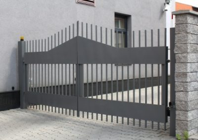 20780496 - modern automatic metal gate